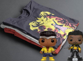 Lot de 10 t-shirts geek surprise avec 2 funko pop offertes