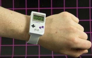 """Montre officielle """"Game Boy"""""""